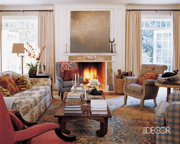 In Michael Smith's own living room he picks only the best - a beautiful antique Persian navy and gold Tabriz.