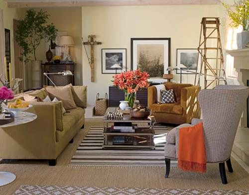 Flat weaves can be layered over seagrass too! This is a great way to create a casual and fun room.
