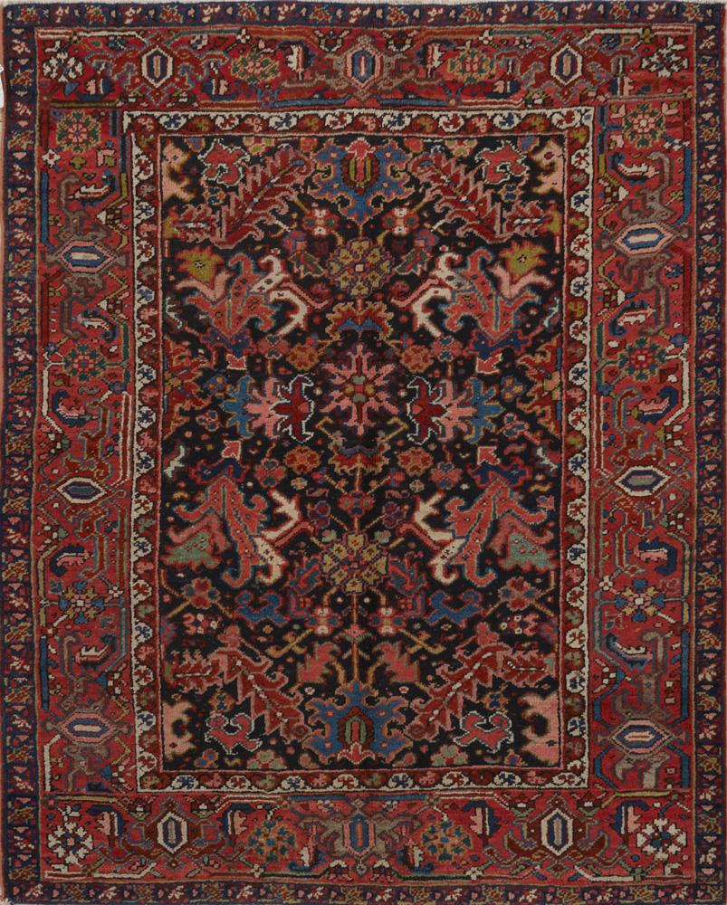 Antique Persian Heriz Rug. View Fullscreen